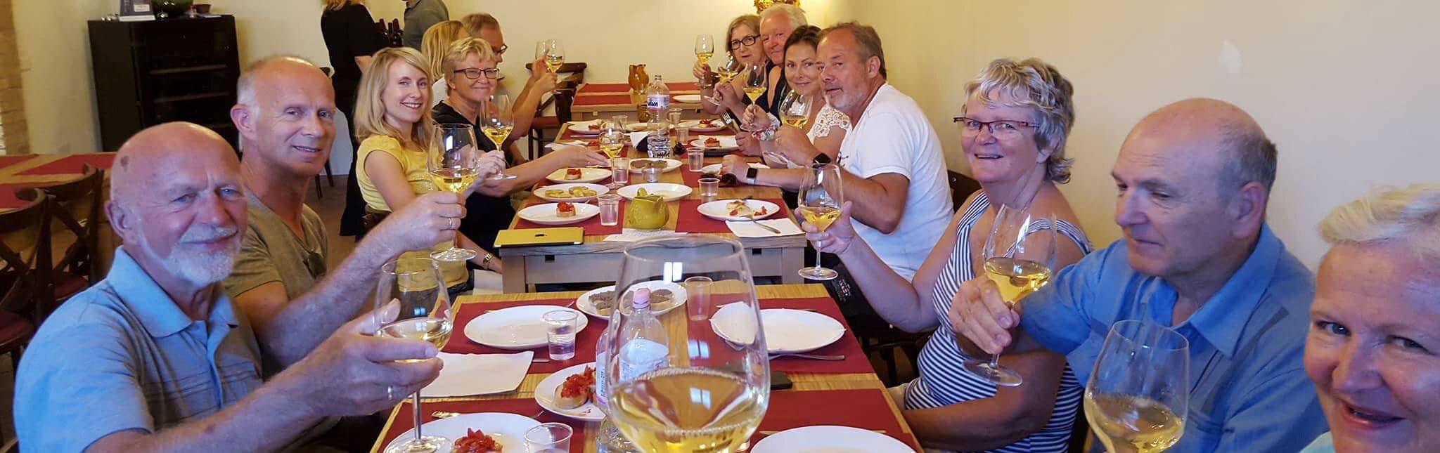 Hyggelig middag på firmatur til Italia